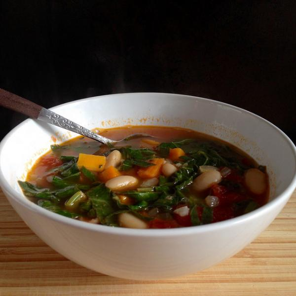 Gluten-free Tuscan soup makes a great winter meal. Photo: CC--Joy