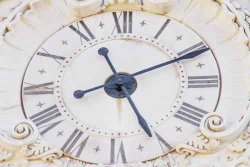 Can Autoimmune Disease Symptoms Vary Depending on the Time of Day?