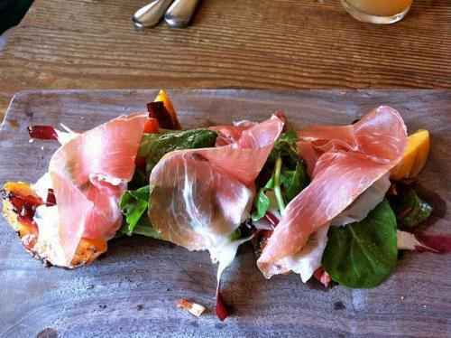 Fresh Peaches with Prosciutto and Balsamic (Gluten-Free)